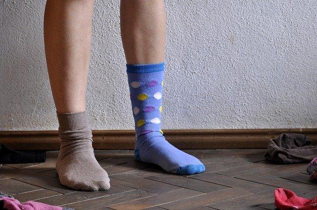 odd-socks-4424190_640