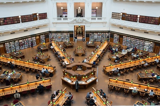 library-2692432_640